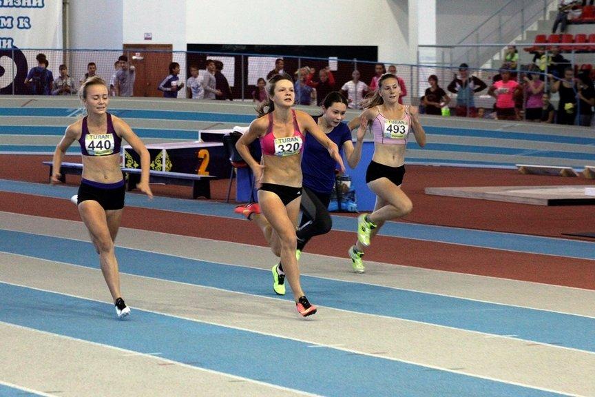 Устькаменогорские легкоатлеты одерживают победу на Чемпионате ВКО, фото-1