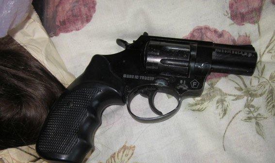 На Полтавщині у крадіїв виявили арсенал зброї (фото) - фото 3