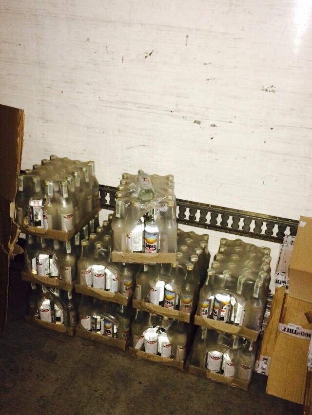 Правоохранители изъяли у киевлянина 5 тонн суррогатного алкоголя (ФОТО) (фото) - фото 3