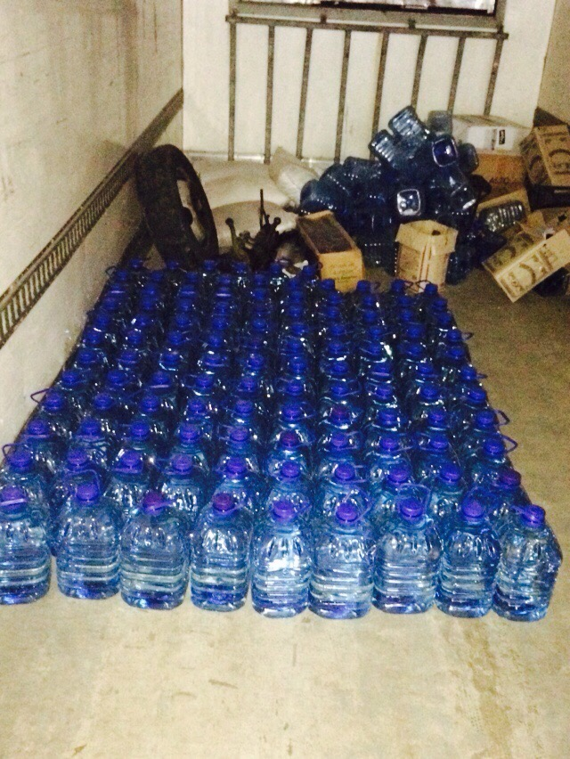 Правоохранители изъяли у киевлянина 5 тонн суррогатного алкоголя (ФОТО) (фото) - фото 2