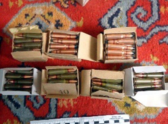На Полтавщині чоловік вдома зберігав ареснал зброї (фото) - фото 1