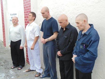 Засуджених до довічного ув'язнення охрестили (Фото) (фото) - фото 2