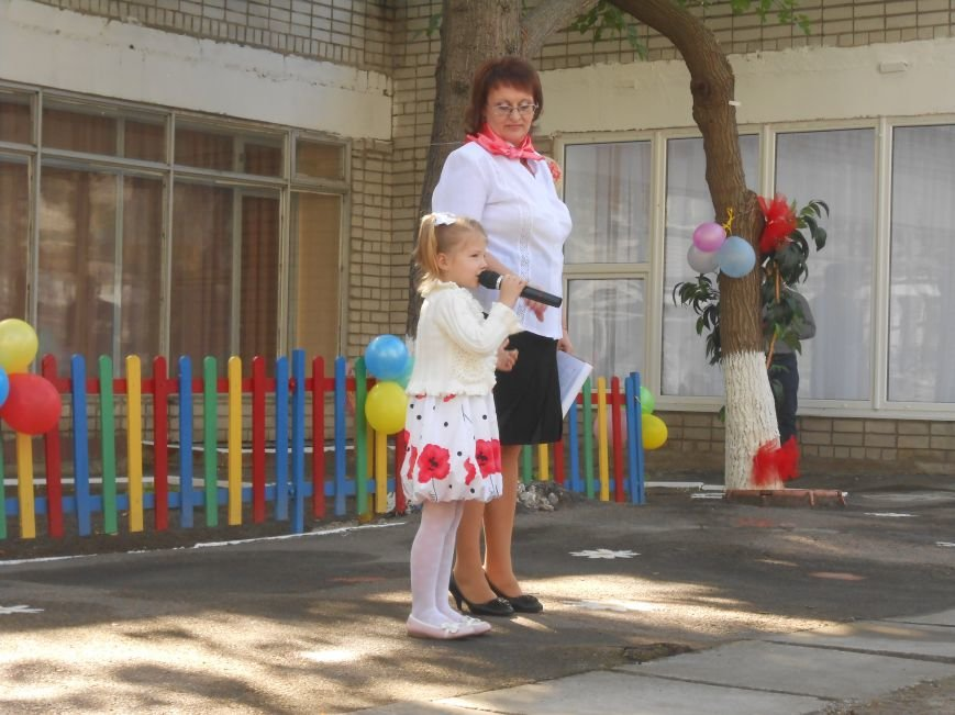 В днепродзержинском детсаду №44 ко Дню города открыли плавательный бассейн (фото) - фото 21