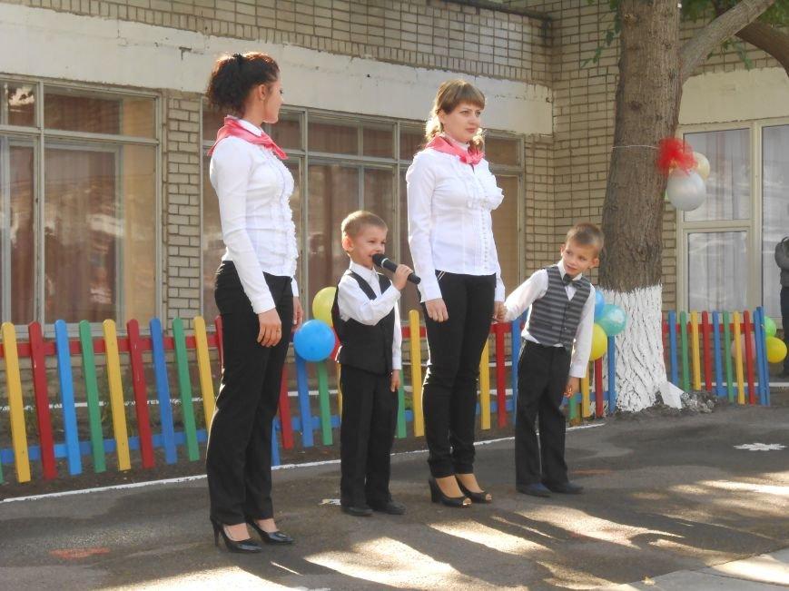 В днепродзержинском детсаду №44 ко Дню города открыли плавательный бассейн (фото) - фото 16