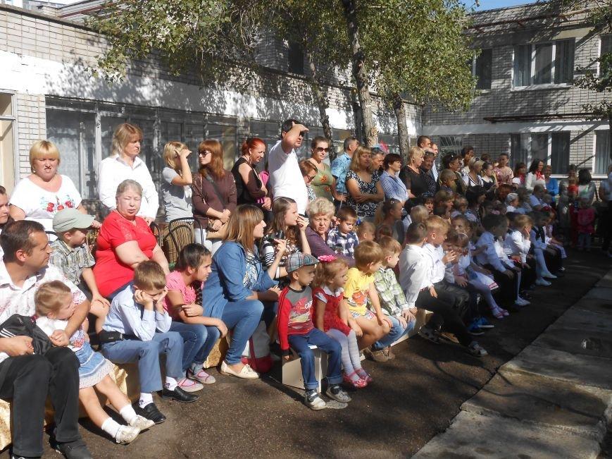 В днепродзержинском детсаду №44 ко Дню города открыли плавательный бассейн (фото) - фото 5