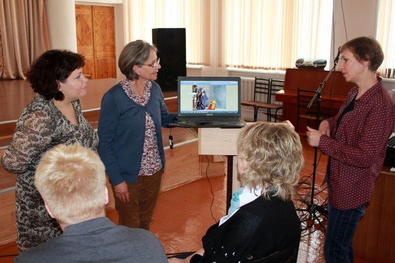 В Полевской приехала социальный терапевт из Германии (фото) - фото 1