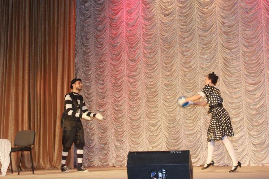 Мариупольская «Театромания» показала, как важно беречь мир (Фотофакт) (фото) - фото 1