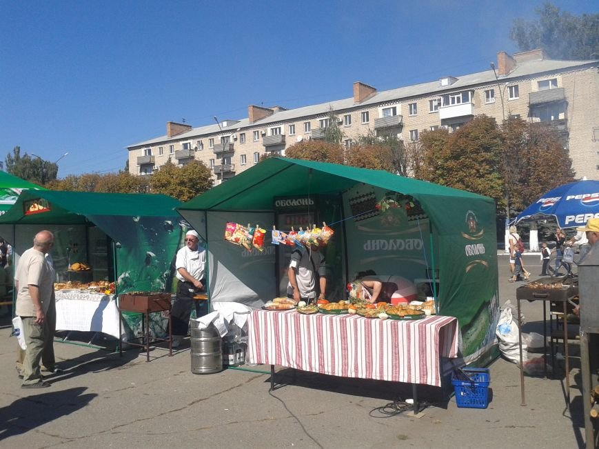 Фестиваль уличной еды и танцевальный баттл на День города в Павлограде, фото-3
