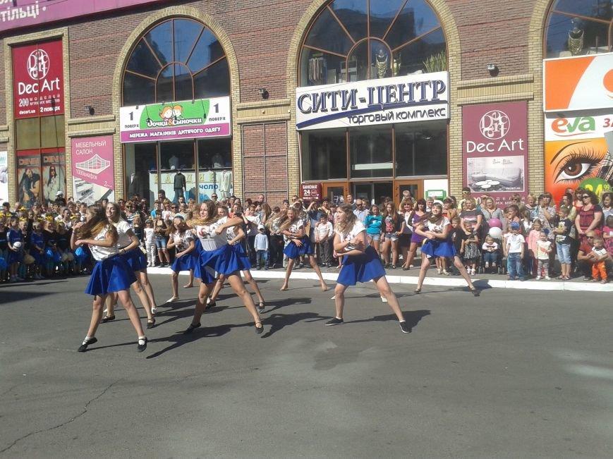 Фестиваль уличной еды и танцевальный баттл на День города в Павлограде, фото-7