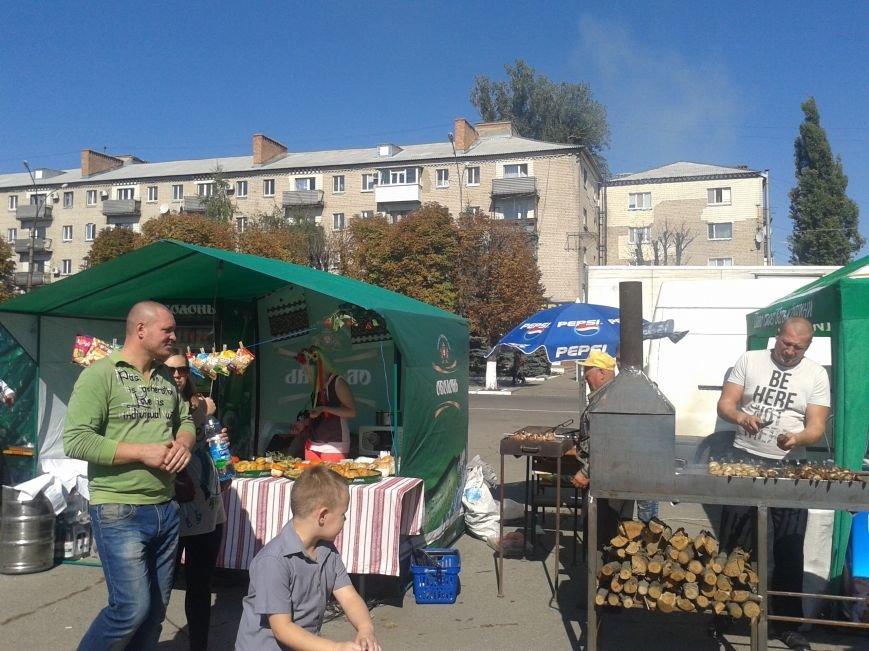 Фестиваль уличной еды и танцевальный баттл на День города в Павлограде, фото-2