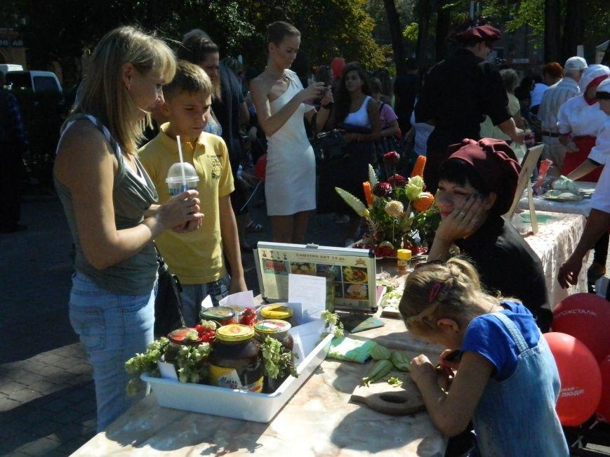 В Запорожье проходит фестиваль домашней консервации (ФОТОРЕПОРТАЖ) (фото) - фото 17