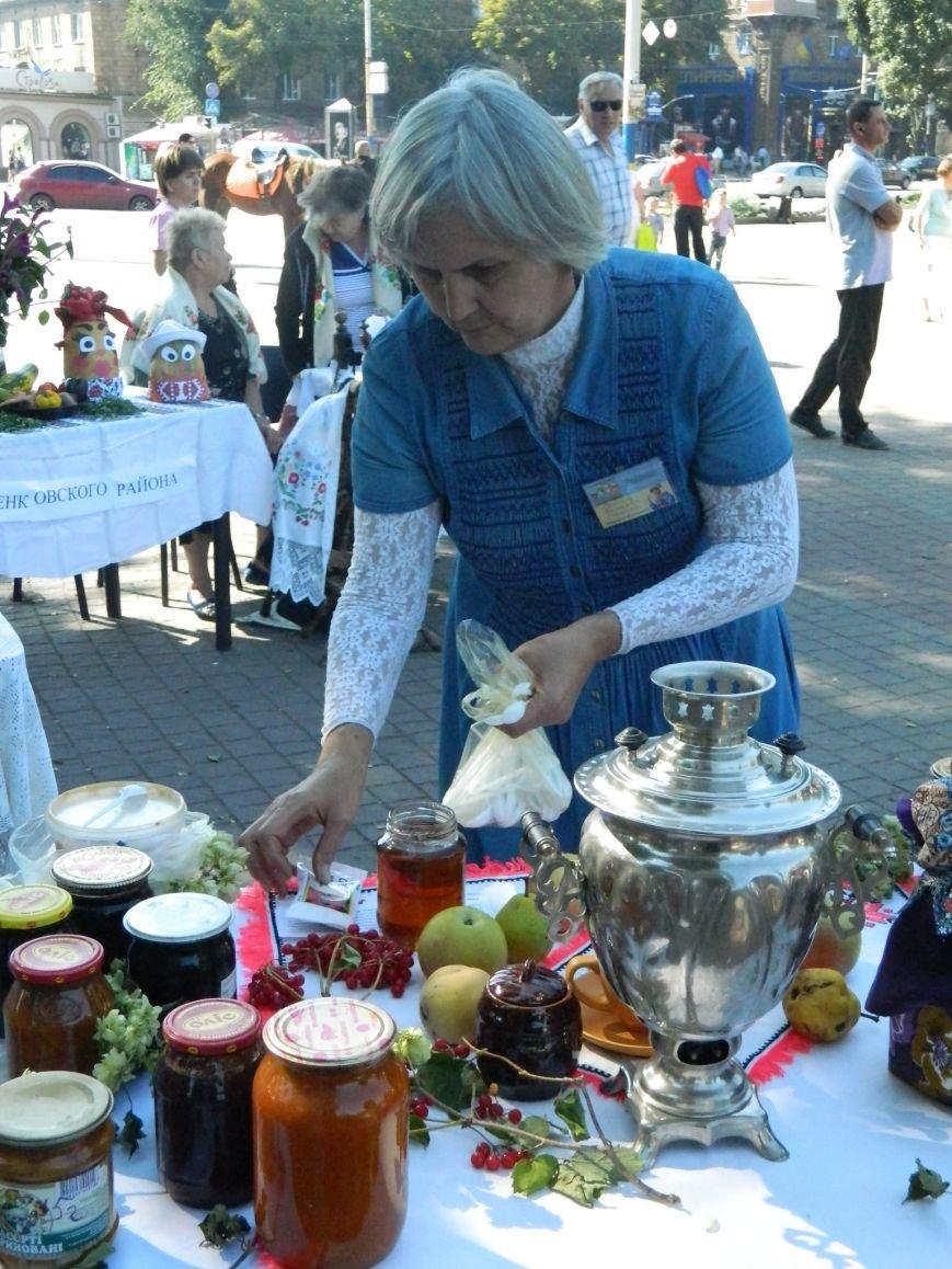 В Запорожье проходит фестиваль домашней консервации (ФОТОРЕПОРТАЖ) (фото) - фото 19