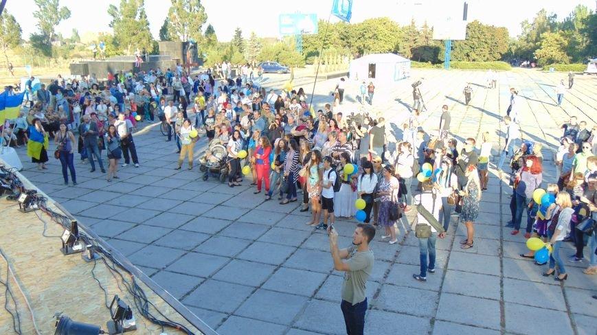 Мариупольцы наградили своих защитников в День рождения города(ФОТОРЕПОРТАЖ) (фото) - фото 8