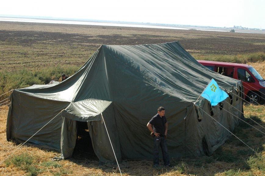 Украинские активисты заблокировали дорогу в Крым, - специальный фоторепортаж 061 из Чонгара, фото-6