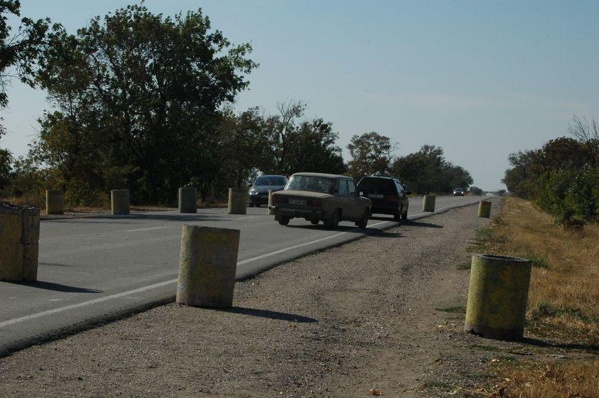Украинские активисты заблокировали дорогу в Крым, - специальный фоторепортаж 061 из Чонгара, фото-11