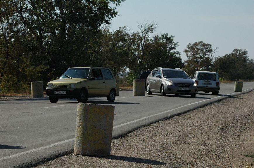 Украинские активисты заблокировали дорогу в Крым, - специальный фоторепортаж 061 из Чонгара, фото-12