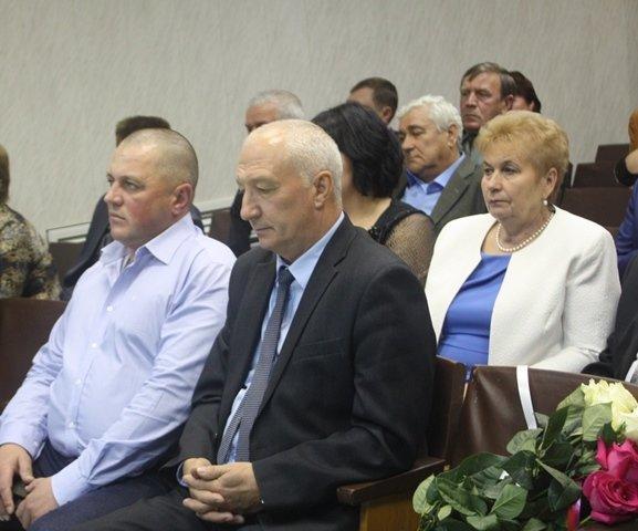Новый глава Стародубского района будет работать бесплатно (фото) - фото 1