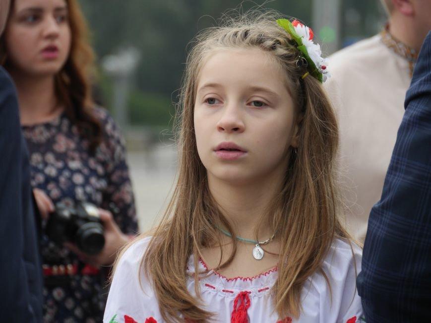 У Тернополі Марина Порошенко відвідала «Місто професій» і презентувала «Книгу Миру» (ФОТОРЕПОРТАЖ) (фото) - фото 6
