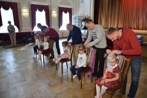 В Доме культуры Пушкинский прошел день семейного отдыха «Посвящение в кружковцы» (фото) - фото 5