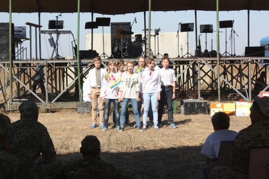 На николаевском полигоне чествовали бойцов 28-й одесской мехбригады (ФОТО) (фото) - фото 1