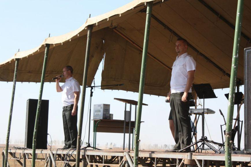 На николаевском полигоне чествовали бойцов 28-й одесской мехбригады (ФОТО) (фото) - фото 3