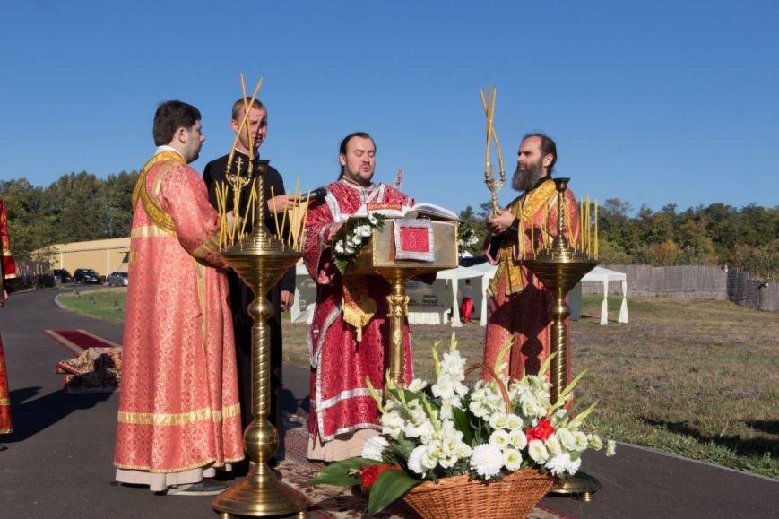 Филатов принял участие в праздничном молебне, приуроченном тысячелетию смерти и канонизации святых Бориса и Глеба, фото-1