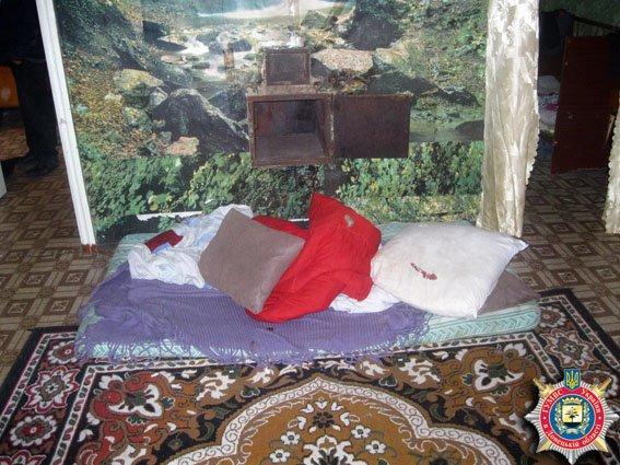 Житель Артемовского района тяжело ранил сожителя своей сестры (ФОТО) (фото) - фото 1