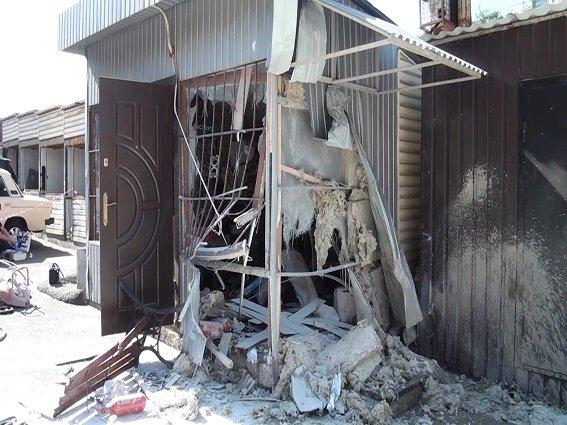 В Киеве в результате взрыва огнетушителя пострадал мужчина (ФОТО, ВИДЕО) (фото) - фото 3