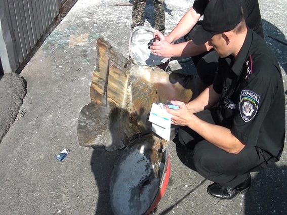 В Киеве в результате взрыва огнетушителя пострадал мужчина (ФОТО, ВИДЕО) (фото) - фото 1