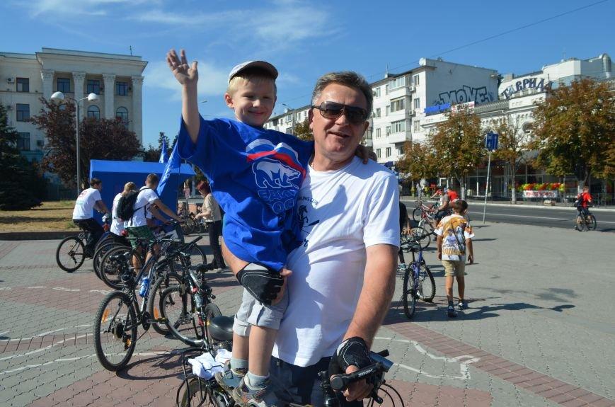 Глава горсовета Симферополя: «Без автомобиля хотя бы один день, но можно обойтись. За это столица скажет нам спасибо» (ФОТО, ВИДЕО) (фото) - фото 2