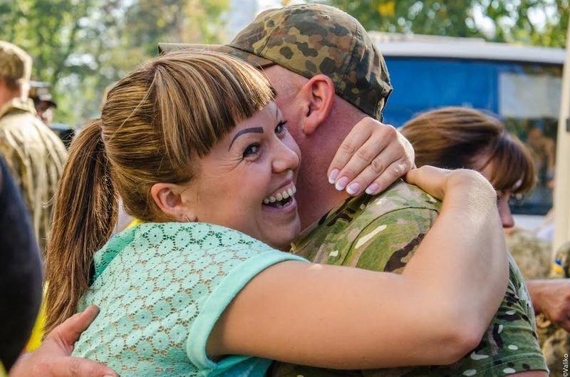 Домой вернулись бойцы знаменитого 43-го батальона (ФОТОРЕПОРТАЖ) (фото) - фото 6