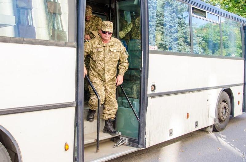 Домой вернулись бойцы знаменитого 43-го батальона (ФОТОРЕПОРТАЖ) (фото) - фото 9