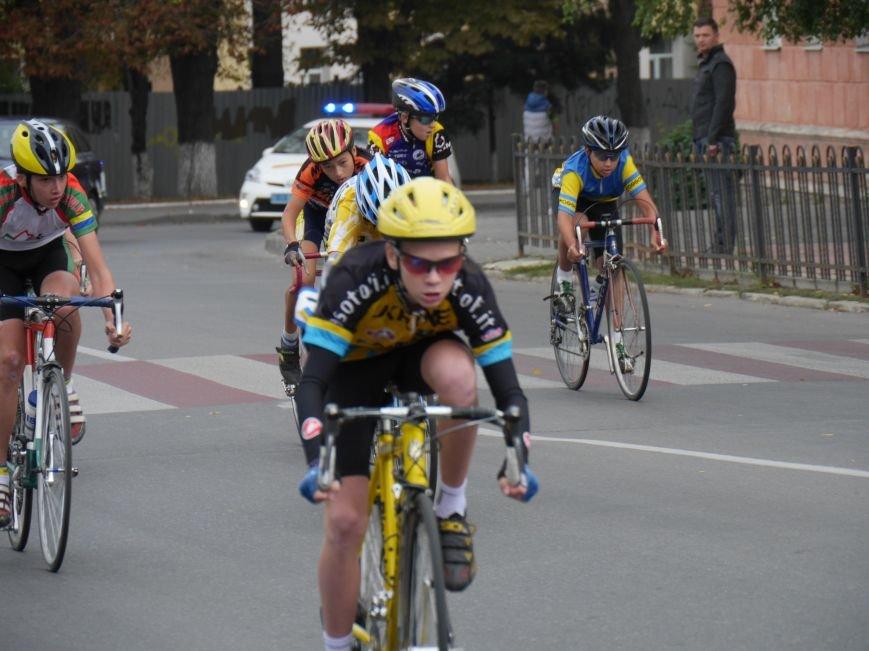 У Тернополі понад 200 спортсменів брали участь у велосипедних перегонах пам'яті В. Філіпенка (ФОТОРЕПОРТАЖ) (фото) - фото 2