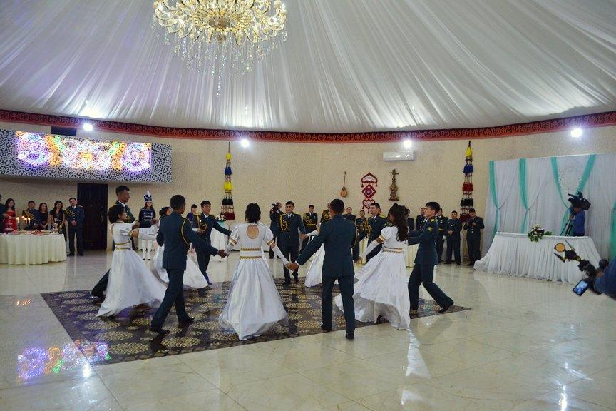 Офицерский бал прошел в  Усть-Каменогорске, фото-1