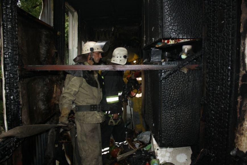 Запорожские спасатели опубликовали квартиры, которая сгорела вчера в Ленинском районе (ФОТО) (фото) - фото 3