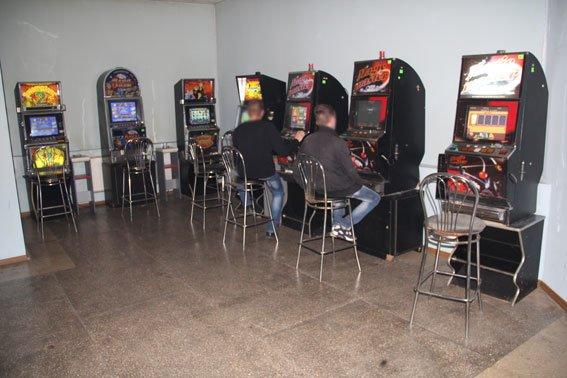 В Чернигове еще одним игровым залом стало меньше (фото) - фото 1