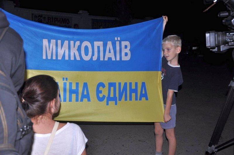 Николаев встретил легендарную 79-ку, целый год находившуюся в АТО (ФОТО) (фото) - фото 3