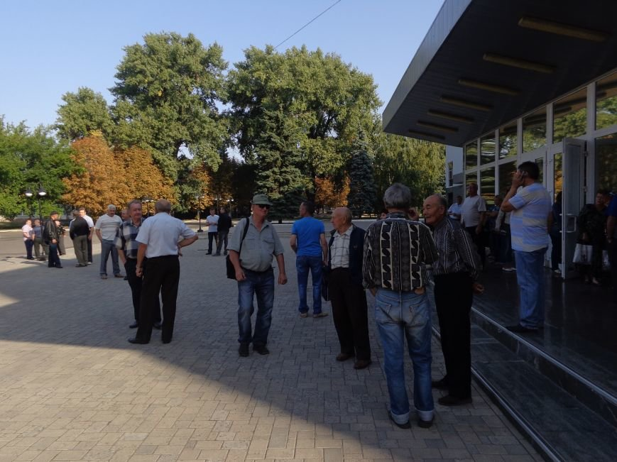 Шахта «Красноармейская-Западная №1» начала выдачу денежных средств шахтерам-пенсионерам (фото) - фото 2