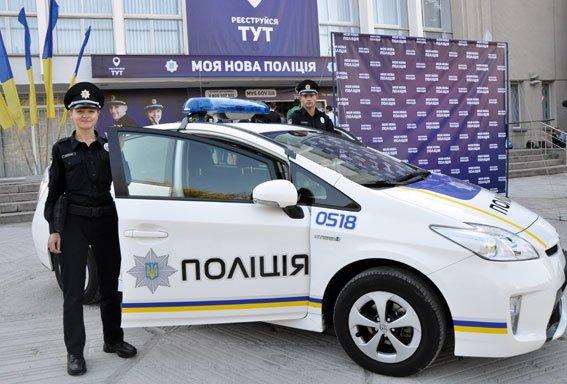 В Полтаве старт приёма заявок в патрульную полицию совпал с Днём города (фото) - фото 1