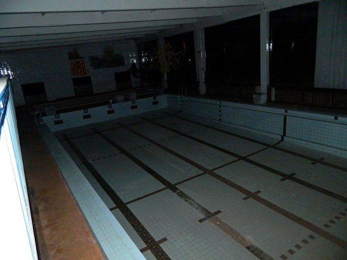 Фоторепортаж: бассейн «Лазурный» в ожидании реконструкции и инвестора (фото) - фото 9