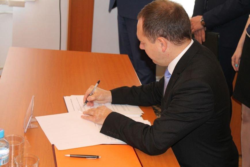 Меморандум про співпрацю між вищими начальними закладами Хмельницького та управлінням юстиції підписано (Фото), фото-1