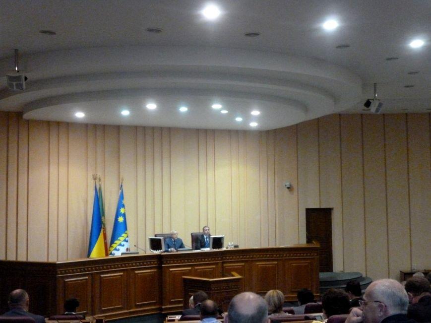 Александр Катриченко заверил депутатов Криворожского горсовета, что город на 100% готов к отопительному сезону (ФОТО) (фото) - фото 1