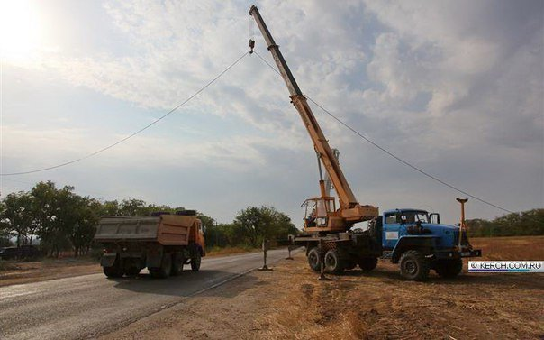 Пока Чубаров грозит Крыму энергетической блокадой, на полуострове уже натягивают провода энергомоста (ФОТОФАКТ) (фото) - фото 8