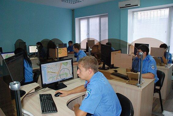 Экспериментальный патруль в Днепропетровске расширился на три района, фото-2