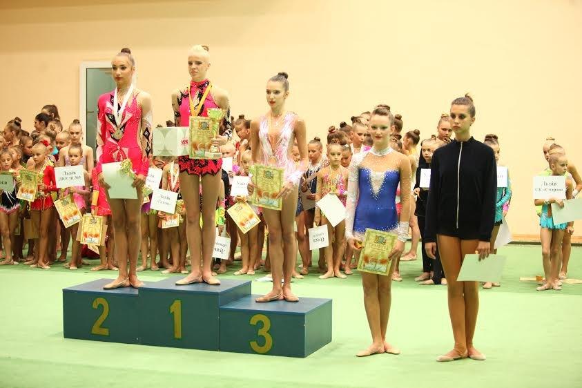 Х відкритий обласний турнір з художньої гімнастики  завершився у Львові (ФОТО) (фото) - фото 1