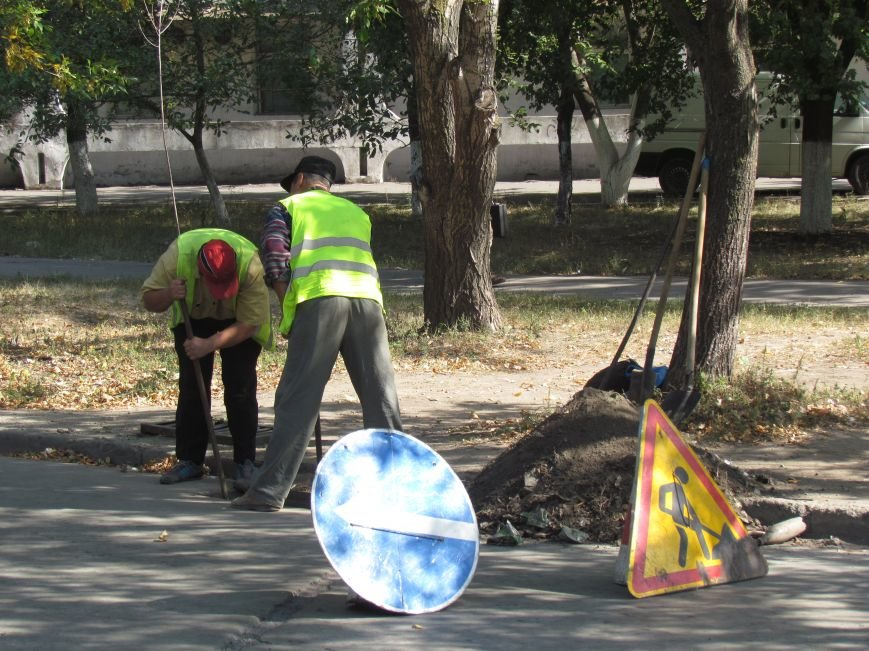 В Мариуполе за один миллион почистили 4 километра ливневки (ФОТО), фото-3