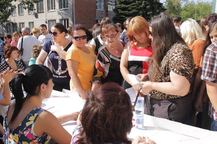 Сегодня в Доброполье состоялась Ярмарка вакансий (ФОТО), фото-15
