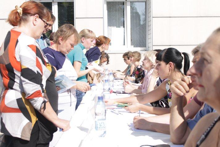 Сегодня в Доброполье состоялась Ярмарка вакансий (ФОТО), фото-19