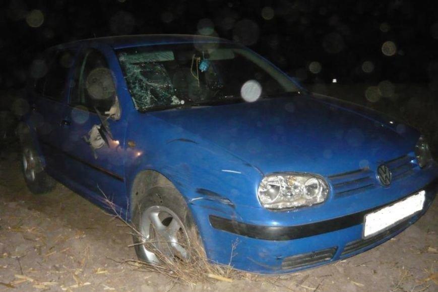 В Белгородской области лихач на «КамАЗе» вылетел с дороги и перевернулся (фото) - фото 1