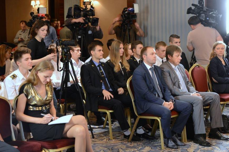 Колесников объявил о старте всеукраинского конкурса «Авиатор-2016», фото-4